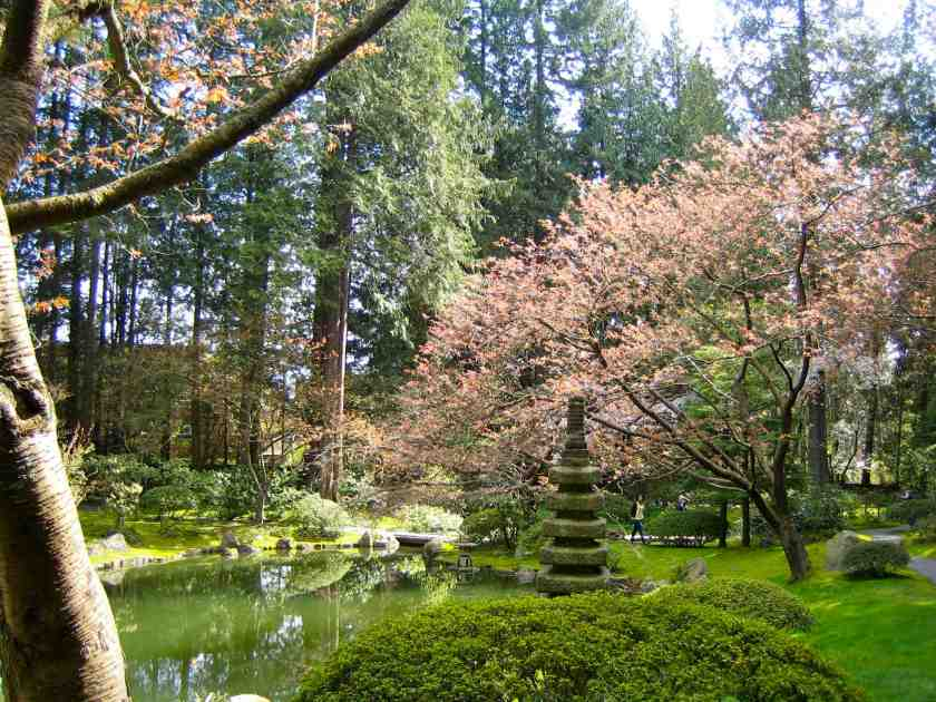 Nitobe Japanese Zen Garden - Stone pagoda